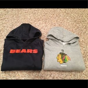 Boy Chicago Bears & Black Hawks Sweat Shirts